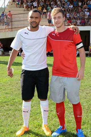 Luís Henrique Botafogo e Robson Bahia jogo Espírito Santo (Foto: Divulgação)