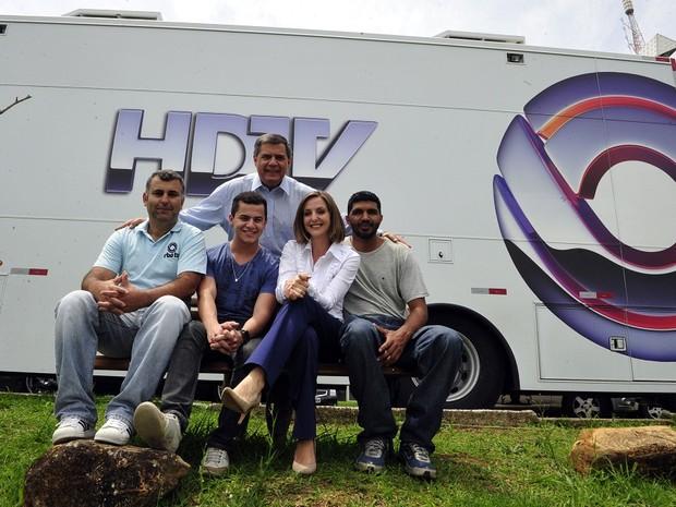 equipe redação móvel rbs tv (Foto: Alvarélio Kurossu/Agência RBS)