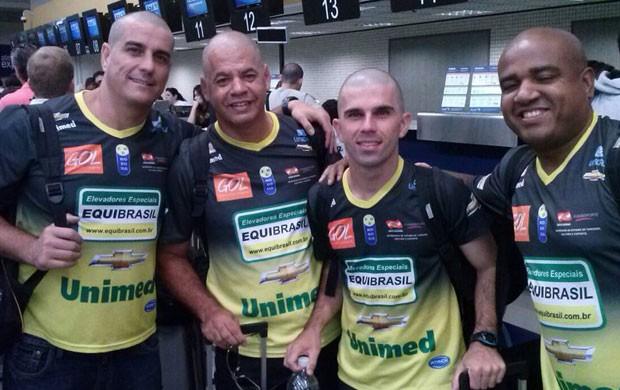 vôlei comissão técnica Rio do Sul careca (Foto: Clóvis Cuco)