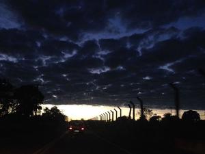 Céu de Campo Grande nesta terça-feira (24) (Foto: Priscilla dos Santos/ G1 MS)