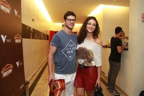 José Loreto e Débora Nascimento em estreia de peça no Rio (Foto: Thyago Andrade/ Foto Rio News)