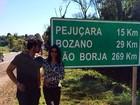 Namorado de Helena Ranaldi divulga foto de viagem com a atriz