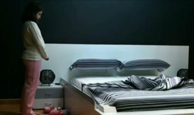 Espanhol inventa cama que se arruma sozinha (Foto: BBC)
