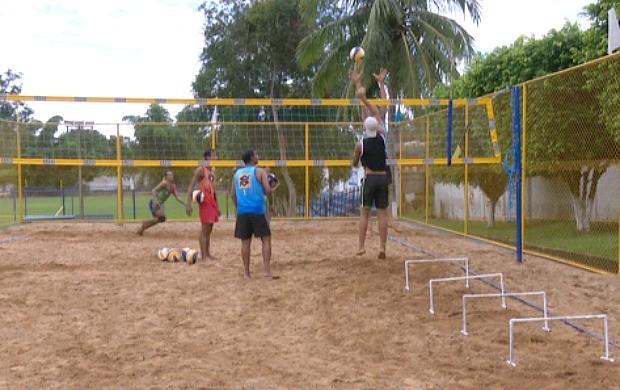 Atletas participaram de seletiva para a composição das duplas acreanas que vão disputar o campeonato (Foto: Globo Esporte Acre)