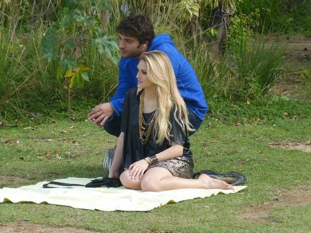 Romance à vista? Olha que fofos Megan e Davi (Foto: Geração Brasil/TV Globo)