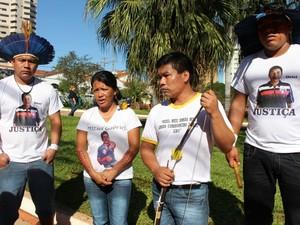 Família de indígena morto em reintegração de posse (Foto: Tatiane Queiroz/G1 MS)