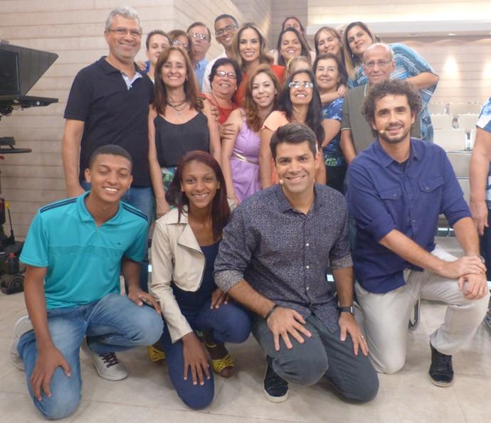 Plateia posa nos bastidores do Encontro (Foto: Paula Oliveira/Gshow)
