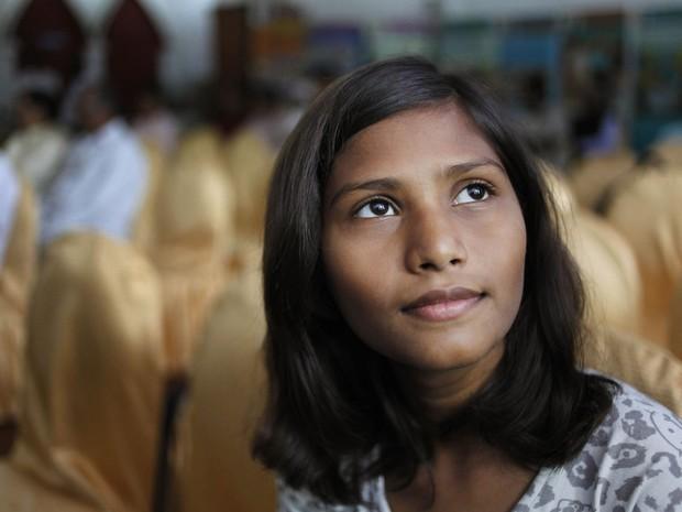 Sushma vai cursar microbiologia da universidade de Lucknow, na Índia (Foto: Rajesh Kumar Singh/AP)