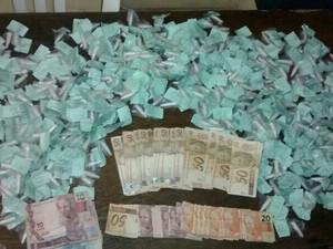 apreensão drogas em Teresópolis (Foto: Divulgação/Polícia Militar de Teresópolis)
