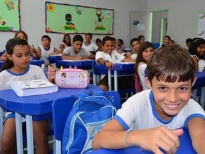Uniformes Rio das Ostras (Foto: Gabriel Sales/Secom Rio das Ostras)