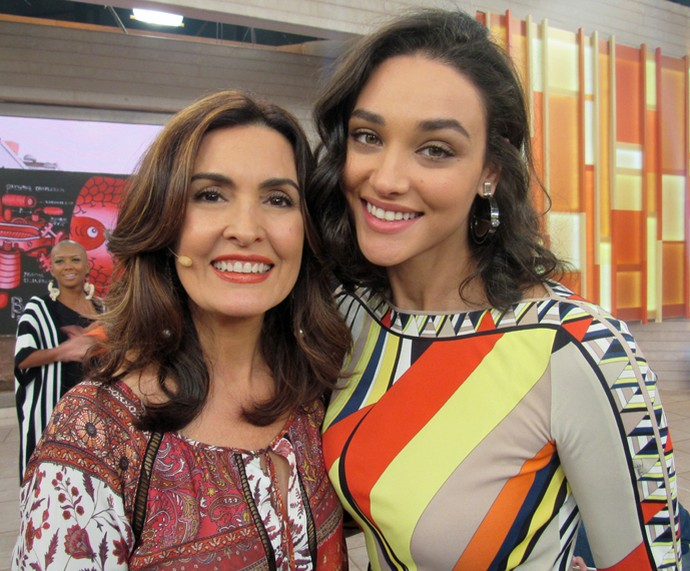 Fátima Bernardes e Débora Nascimento (Foto: Juliana Hippertt/Gshow)