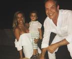 Luísa Mell com o marido, Gilberto Zaborowsky, e o filho, Enzo | Reprodução