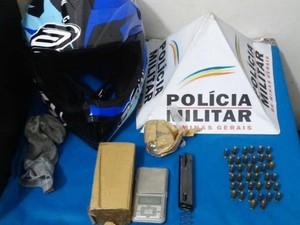 Materiais apreendidos Santos Dumont (Foto: Polícia Civil/Divulgação)