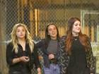 Chloe Moretz é vista curtindo a noite com Meghan Trainor em Nova York