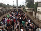 Trens do ramal de Gramacho operam com intervalos irregulares no Rio