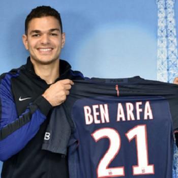 Ben Arfa usará a camisa 21 no PSG  (Foto: Twitter)