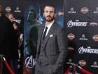 Depois de passagem pelo Brasil, Chris Evans divulga filme nos EUA