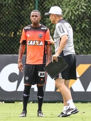 Diego Aguirre; Robinho; Atlético-MG (Foto: Washington Alves/Light Press)
