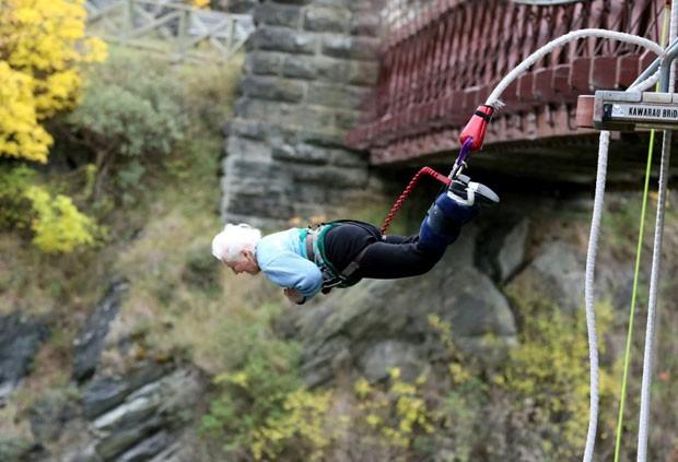 Mary pula de bungee jump aos 91 anos (Foto: AJ Hackett Bungy New Zealand/Divulgação)