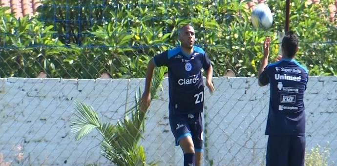 Nilson, atacante do São Bento, Sorocaba (Foto: Reprodução / TV TEM)