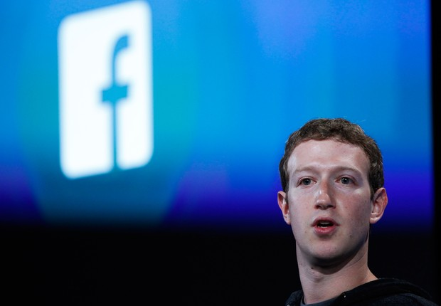 O fundador do Facebook e CEO da empresa, Mark Zuckerberg, durante apresentação (Foto: Robert Galbrait/Reuters)