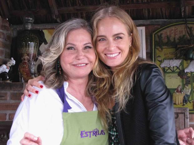 Pepita Rodriguez cozinha para Angélica (Foto: Estrelas/TV Globo)