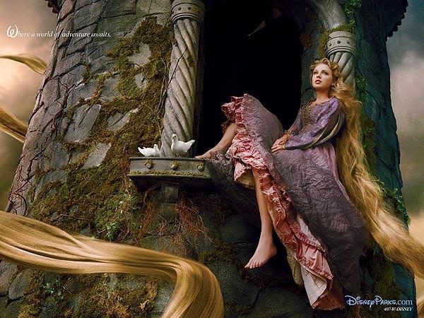 Taylor Swift como Rapunzel (Foto: Disney/Divulgação)