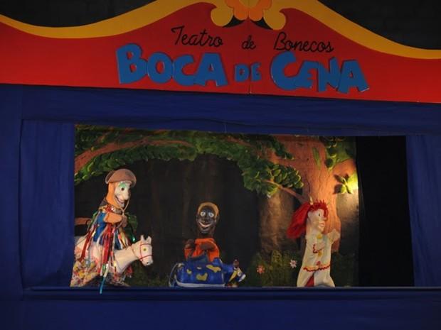 Cavaleiro Brincante, Tuca e o Boi do grupo Boca em Cena (Foto: André Telles/Boca em Cena)
