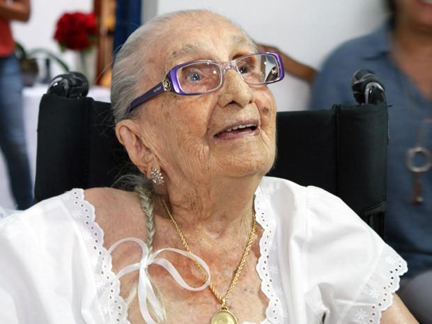 Dona Canô comemora 105 anos neste domingo (16). (Foto: Egi Santana/G1)