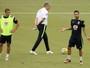 Daniel Alves será o capitão da seleção brasileira em jogo contra a Colômbia