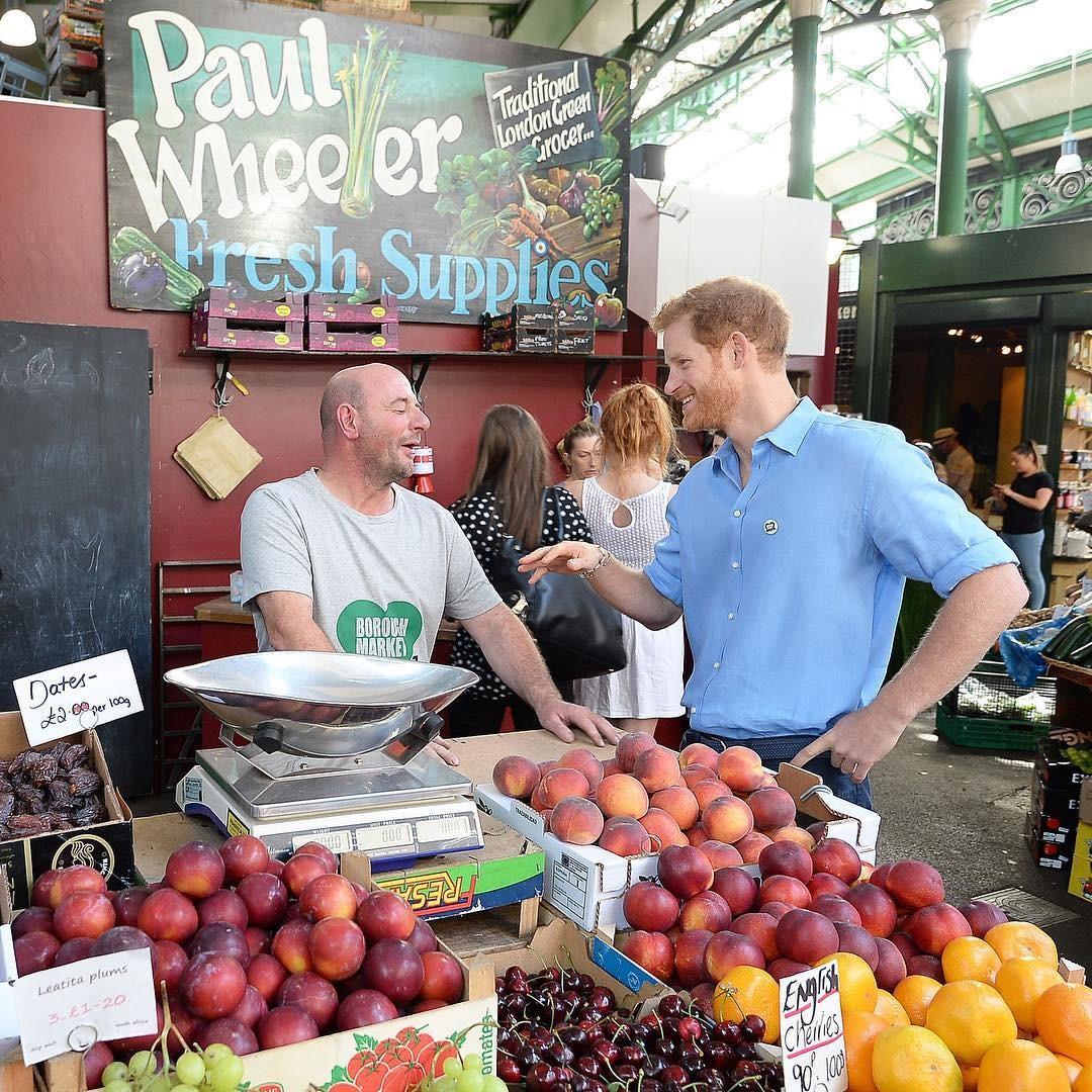 Harry no mercado (Foto: Reprodução/Instagram)
