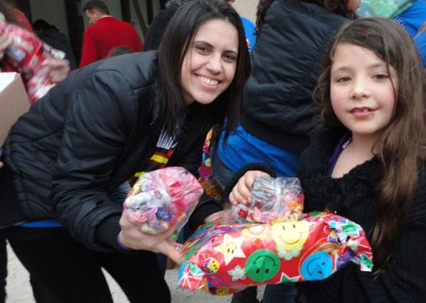 O Dia das Crianças foi animado com Um Dia de Arte, no Uberaba, em Curitiba (Foto: Divulgação/RPC TV)