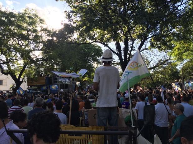 Comemoração da vitória é na Avenida Brasil, no Centro (Foto: J.A. Tofanetto/RPC)