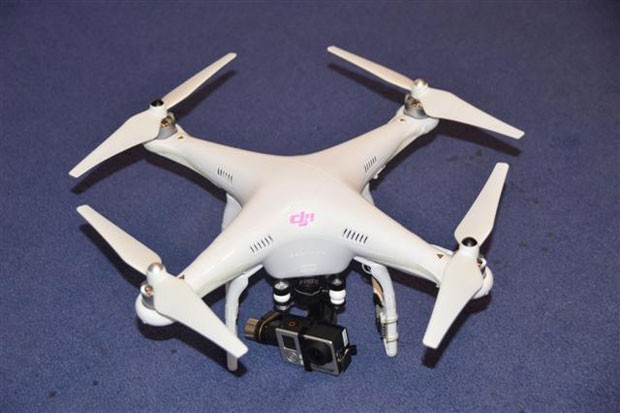 Drone usado pela 1ª pessoa a ser condenado pela Justiça do Reino Unido por usar um veículo aéreo não tripulado. (Foto: Divulgação/Polícia Metropolitana de Londres)