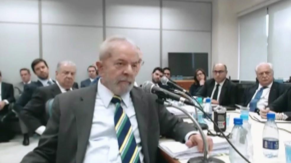 Lula durante depoimento a Moro (Foto: Reprodução/TV Globo)