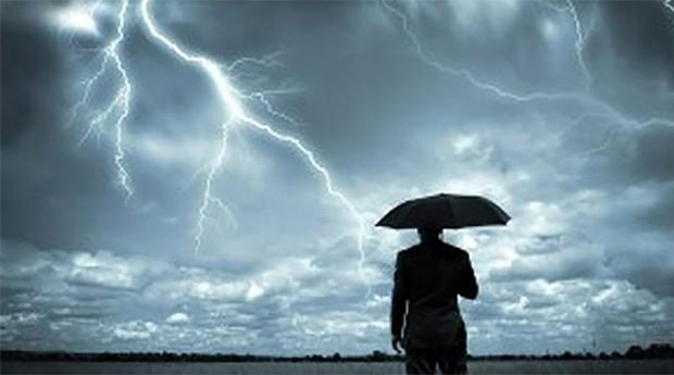 Chuvas e trovoadas: a cartilha mostra o que deve ser considerado na renegociação com fornecedores, dívidas com bancos, compromissos de curto prazo (Foto: Divulgação)