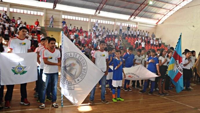 Jogos Escolares fase municipal em Cruzeiro do Sul (Foto: Adelcimar Carvalho)