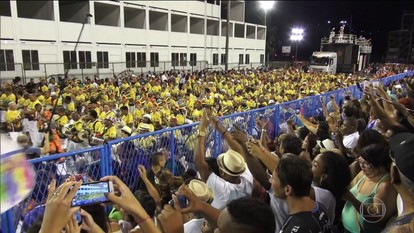 Jornal Hoje acompanha ensaio técnico das escolas de samba do Rio
