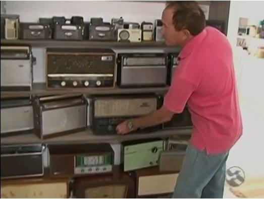 Casa também é o depósito da coleção (Foto: Reprodução / TV Asa Branca)