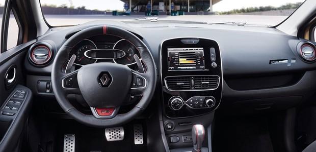 Renault Clio RS 2017 (Foto: Divulgação)