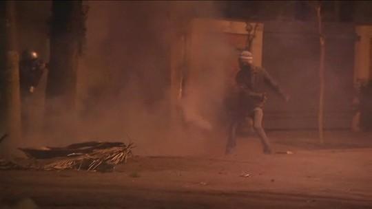Protesto em SP tem bombas em frente à casa de Temer