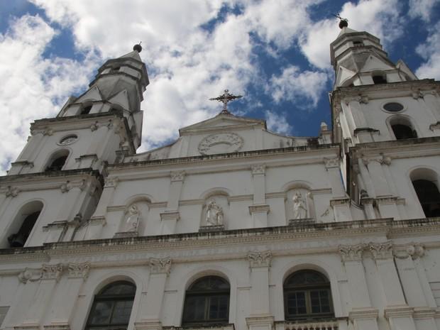 Após implantação do PPCI, torres da Igreja das DOres poderão ser visitadas (Foto: Rafaella Fraga/G1)