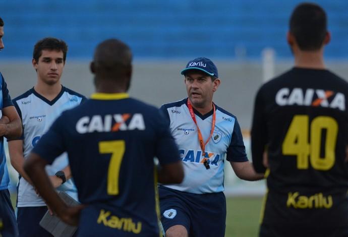 Londrina treino Claudio Tencati (Foto: Gustavo Oliveira/ Londrina Esporte Clube)