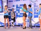 Psy dá 'confere' em Sabrina Sato em Salvador. Fotos!