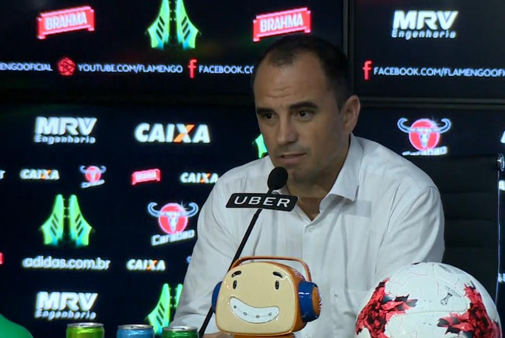 Rodrigo Caetano defendeu o investimento nos estrangeiros (Foto: Reprodução SporTV)