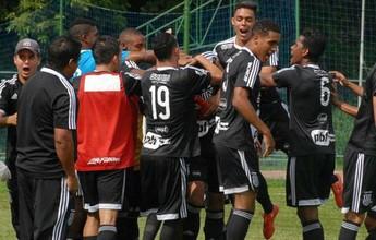 """Revelação da Ponte Preta marca belo gol por cobertura no """"derbinho""""; vídeo"""