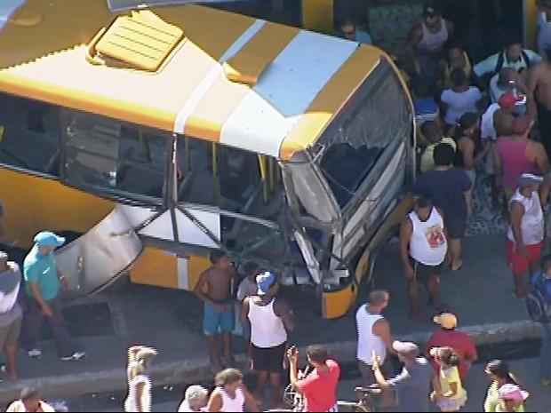Acidente Periperi Bahia 4 (Foto: Reprodução/TV Bahia)