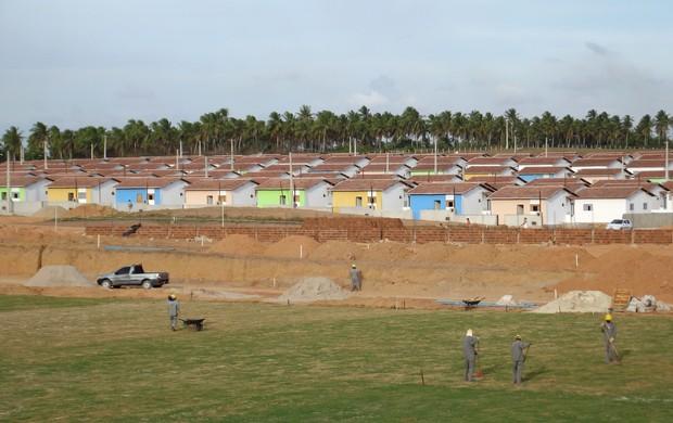 6.500 casas serão construídas no entorno do Estádio Barretão (Foto: Augusto César Gomes/Globoesporte.com)