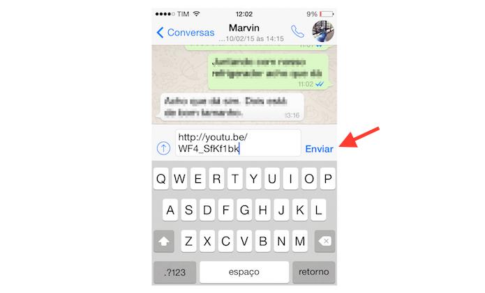 Compartilhando um vídeo do YouTube com um contato do WhatsApp através de um iPhone (Foto: Reprodução/Marvin Costa)