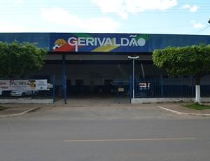 Ginásio de Esportes Gerivaldo José de Souza, o Gerivaldão, em Ji-Paraná (Foto: Samira Lima)